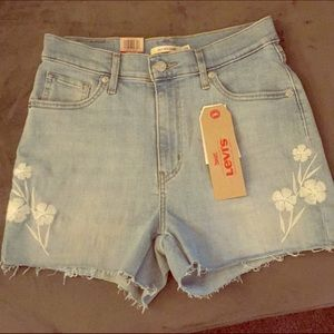 Levi's Mike High Embroidered Shorts